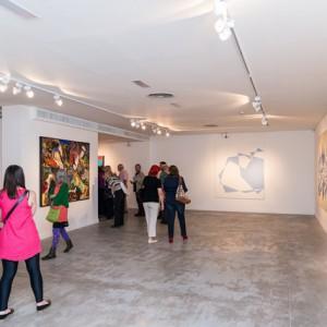 Obras de Fabián Burgos a la derecha y Jorge Pietra a la izquierda